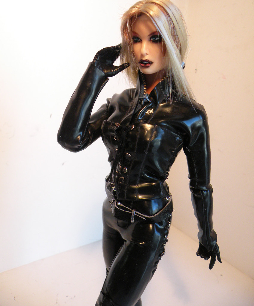 Apologise, but, Minipage figures latex