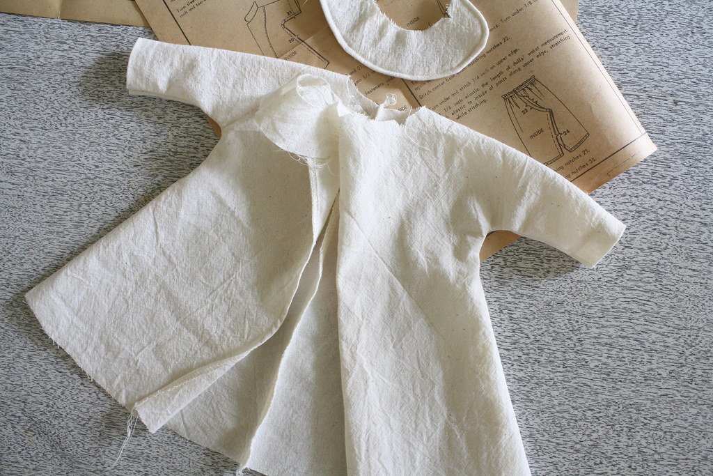 making a cotton doll's coat