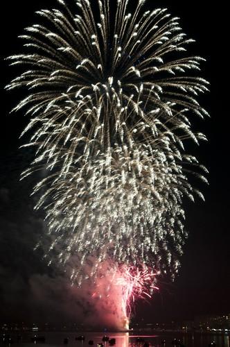 11-FireworksRedBank-5802
