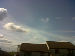 Chemtrails over Fife, Scotland - 05/05/2012 (My Manatee) Tags: scotland fife billgates chemtrails monsanto darpa terraforming haarp eastfife lowerlargo geoengineering weathermodification