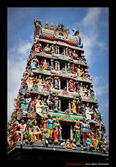 Sri Mariamman Temple (jean-marc rosseels (very busy)) Tags: colors canon temple singapore chinatown hindu southbridgeroad srimariammantemple canon7d jeanmarcrosseels
