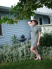DSC07150 (Becky Haltermon Robinson) Tags: orange hat garden backyard 60s dress buttons momanddad gray shift mini