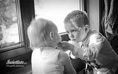 Swietliste-artystyczna-fotografia-dziecieca-Bydgoszcz-sesje-dzieciece-fotografujemy-emocje