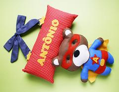 Enfeite de porta de maternidade (Meia Tigela flickr) Tags: baby handmade artesanato artesanal craft super felt hero porta bebê feltro decoração urso nascimento maternidade enfeite ursinho superherói