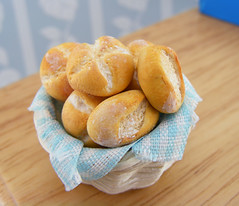 Fresh Baker Rolls (Shay Aaron) Tags: food hot miniature basket handmade aaron fake mini jewelry fresh polymerclay fimo bakery buns tiny faux shay cloth whimsical geekery jewel petit shayaaron wearablefood