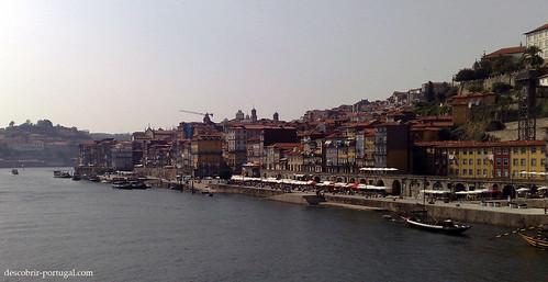 Vista da ponte sobre a cidade, património da humanidade