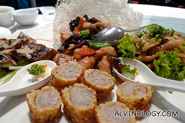 Four Deluxe - Szechuan and Cantonese combination plate