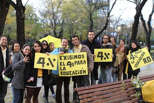 lunes amarillo dominicanos en madrid exigen el 4%-6