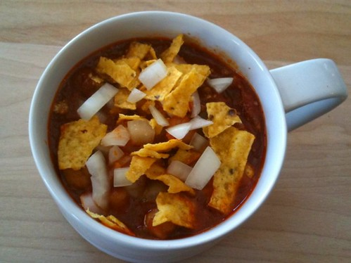 simple vegetarian chili a quick and easy chili recipe pile on your ...