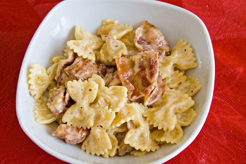 Farfalle with Bacon, Onion, and Gouda - 4