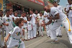 New Generation - Capoeira Beija-Flor (Olhar de um Cip) Tags: capoeira eldorado capoeirabeijaflor diadema newgeneration maracatu cortejo rogercipo