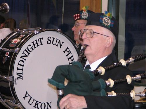 Closing ceremonies pipe band