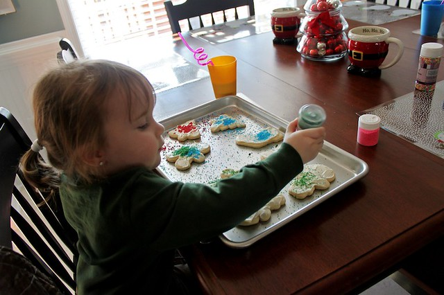 Mabry and Landyn decorating cookies #2