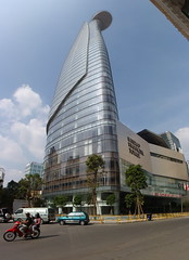 (sprklg) Tags: city tower carlos vietnam chi ho zapata financial minh saigon bitexco
