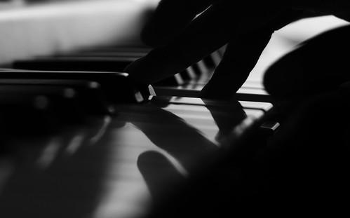 フリー写真素材, 物・モノ, 楽器, ピアノ, モノクロ写真,