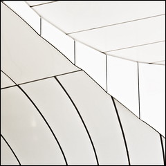 Black lines (Maerten Prins) Tags: white abstract black lines modern subway rotterdam metro curves tunnel minimal walls wilhelminaplein