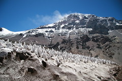 Mt Aconcagua summit (chris.bryant) Tags: sky naturaleza snow mountains alps cold southamerica nature argentina clouds trekking landscapes scenery rocks altitude nieve bluesky cielo nubes mountaineering geology peaks soe frio rockformations montanas aconcagua americadosul penitentes potofgold cieloazul mountainpeaks americadelsur topshots iloveargentina abigfave nievespenitentes anawesomeshot flickraward mtaconcagua parqueprovincialaconcagua platinumheartaward theperfectphotographer worldwidelandscapes mountainsummits thebestofday gnneniyisi spiritofphotography absolutelystunningscapes grouptripod oletusfotos oltusfotos flickrclassique platinumpeaceaward flickraward5 flickrsportal blinkagain