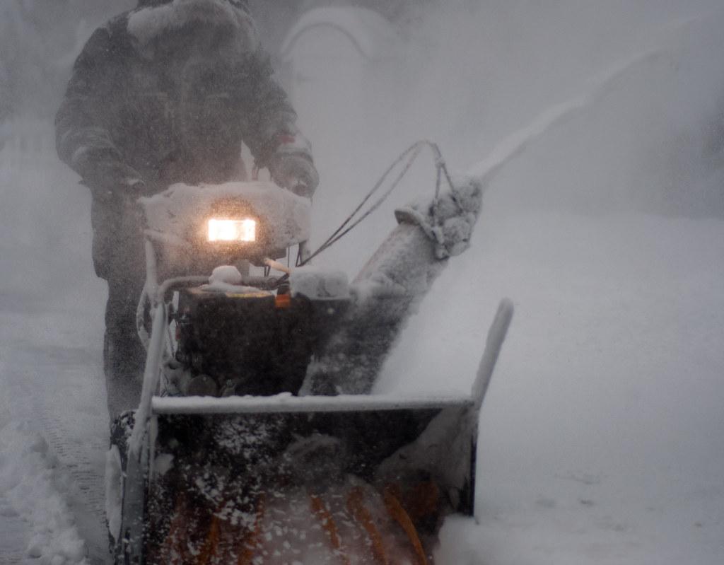 snømåking, vaktmestertjenester