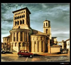 Iglesia de San Tirso, Sahagún (León) (Josepargil) Tags: ladrillo torre iglesia 7d león campanario mudejar castillayleón abside románico espadaña sahagún torrecampanario santirso josepargil iglesiadestirso