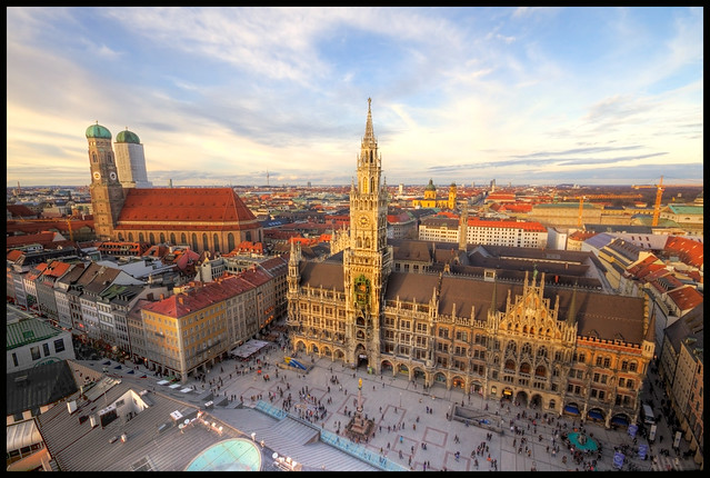 Munich city hall and Marienplatz