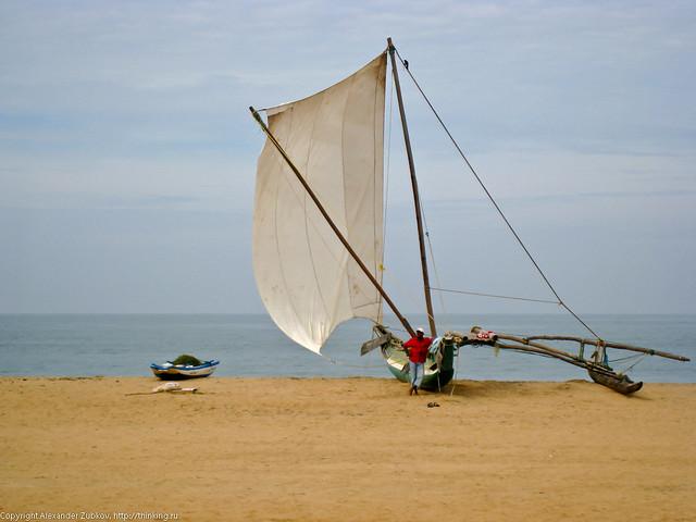 Лодка на пляже