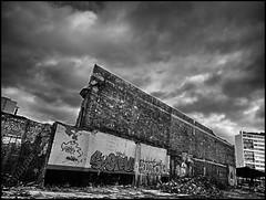 Ambiance (SKE) Tags: terrain streetart wall lost graffiti paint place spot graff mur hdr ambiance abandonn lieu