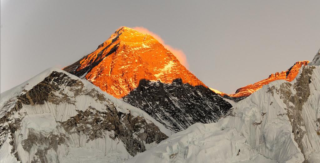 Everest sunset