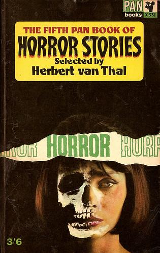 Pan book of horror stories