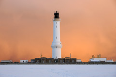 Approaching snowstorm at Girdle Ness lighthouse, Aberdeen, Scotland (iancowe) Tags: sunset red sky lighthouse snow storm clouds scotland harbour scottish stevenson aberdeen torry ness nigg girdle northernlighthouseboard girdleness nlb wbnawgbsct