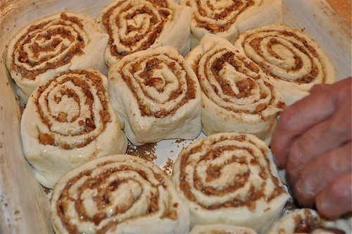 cinnamon buns/rolls in pan-3