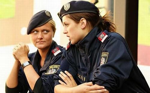police_women_01