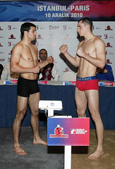 Istanbulls v Paris United Weighing Ceremony (World Series Boxing) Tags: turkey boxers istanbul boxing boks istanbulls parisunited presentationoftheworldseriesofboxingistanbul weighingceremony stephanecuevas ondersipal