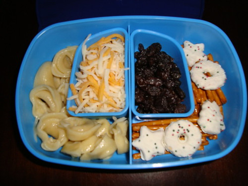 Cheese Tortellini,mozzarella & cheddar cheese,pretzel sticks,sgortbread cookies,raisins 12-09 by Rina Ameriasianbento