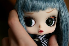I feel like Gulliver in the giant world... (Queen Carcharias  Libuse) Tags: doll pullip humpty dumpty byul