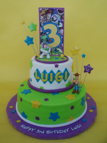 Toy Story 3 Buzz and Woody Birthday Cake