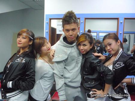 IZ Sulaini Wonder Girls