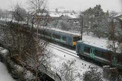315xxx, Chadwell Heath (Howard_Pulling) Tags: winter snow london december snowy rail railway snowing 315 railways essex eastanglia 2010 nationalexpress nx rm6 chadwellheath class315 nxea ukclass315