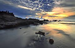 Happy Holiday Everyone (Dyahniar Labenski) Tags: sunset seascape nikon happyholiday publicbeach d90 cemagi 1024mm mengening filtergnd09 seefrommyeyes