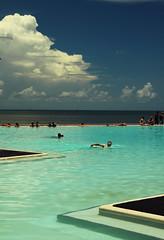 Lagoon (Dadschaen) Tags: travel blue sea summer sky cloud hot swimming canon december australia artificial lagoon swimmingpool pacificocean queensland tropical cairns refreshing humid nosnow wettropics boxjellyfish greatbarierreef