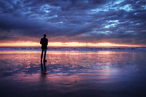 フリー写真素材, 人物, 人と風景, ビーチ・砂浜, 夕日・夕焼け・日没, 雲, アメリカ合衆国, シルエット,