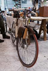 Touring bike (eldan) Tags: travel usa leather bike oregon portland bikecraft walnutarchitecture