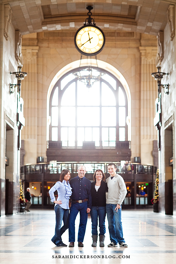 Kansas City family portraits Union Station