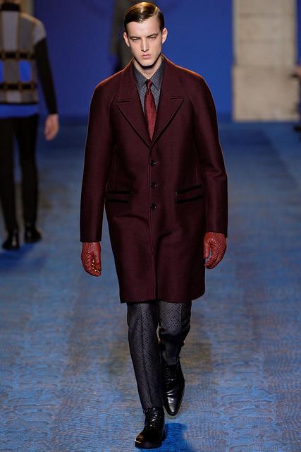 FW11_Milan_Versace029_James Smith(VOGUEcom)