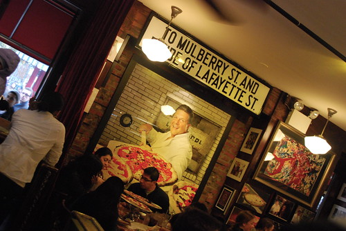 Lombardi's Pizza
