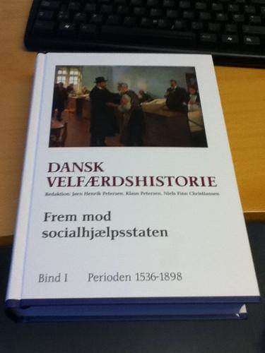Dansk Velfærdshistorie Bd. 1