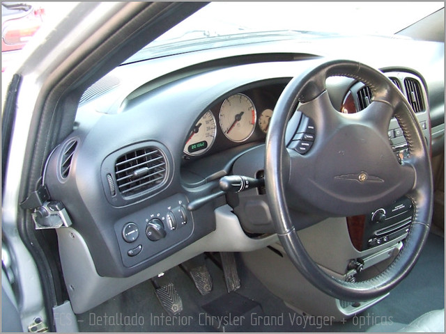Chrysler Grand Voyager - Det. int. </span>+ opticas-10