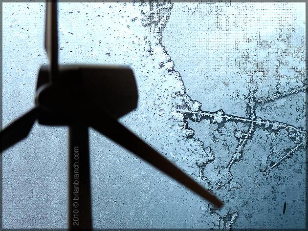 P1130122_windmill_frost