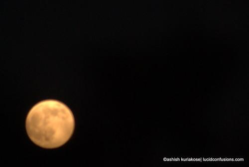 Full-Moon-Dubai-Bulb