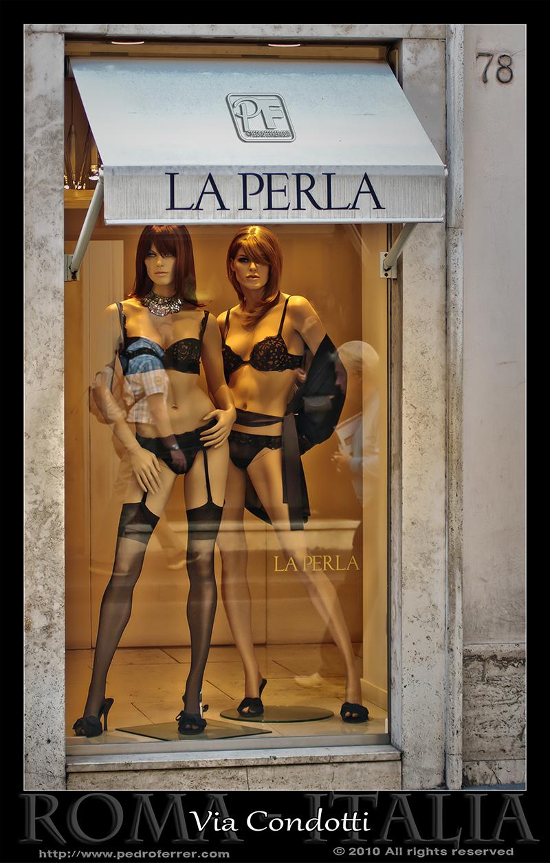 Roma - Via Condotti -  La Perla