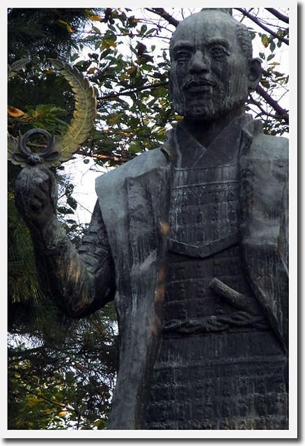 100920_064842_浜松城